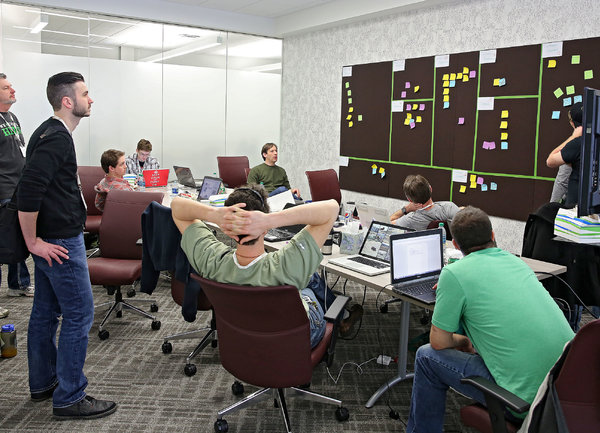 Работа 2.0 – три предизвикателства, които бизнесът ще срещне при преминаване от модел на работа от вкъщи към работа отвсякъде