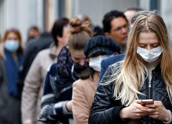 """Робърт Каплан: """"Носенето на предпазни средства е най-важното за икономиката!"""""""