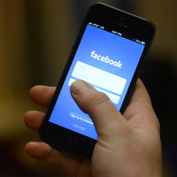Facebook ще позволи на потребителите да прехвърлят данните си към други платформи