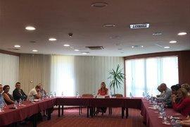 Николина Ангелкова се срещна с водещи туроператори в Златни пясъци