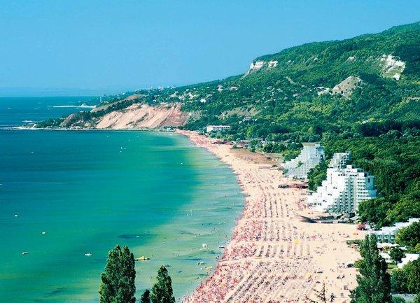 Ще ходим ли това лято на море в България?