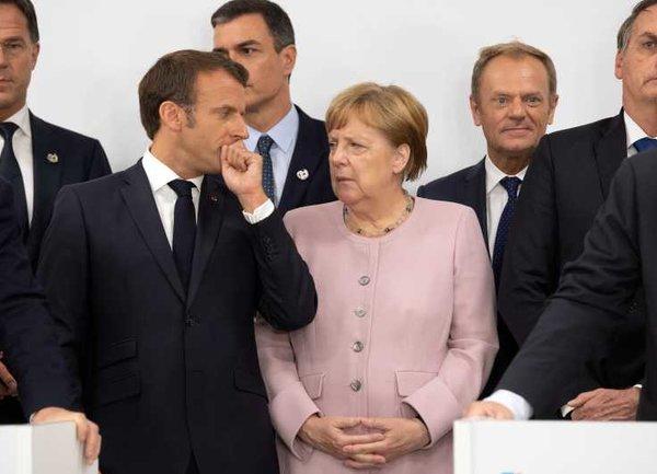 Европейските акции паднаха в петък, когато големите икономики се подготвиха за по-строги блокировки