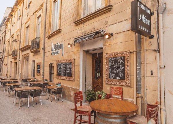 Френските ресторанти и кафенета отварят отново