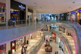 Пандемията ускорява реорганизацията на търговските площи