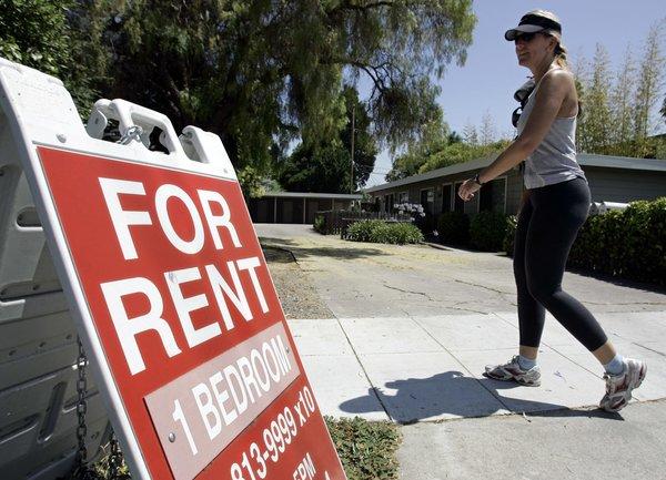 Наемодателите в САЩ са притеснени, че все по-малко наематели ще плащат наемите си при увеличаване на броя на безработните
