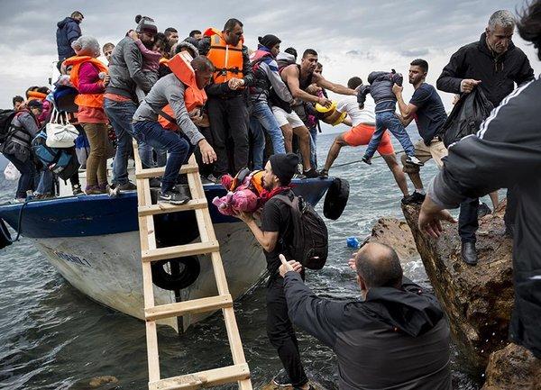 Рязко увеличение на бежанците, преминаващи през Европа бе регистрирано през май