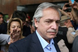 Аржентина удължава преговорите за преструктуриране на външния си дълг
