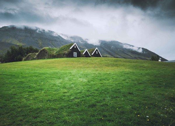 Новият пазар на недвижими имоти – парцели и къщи по селата?