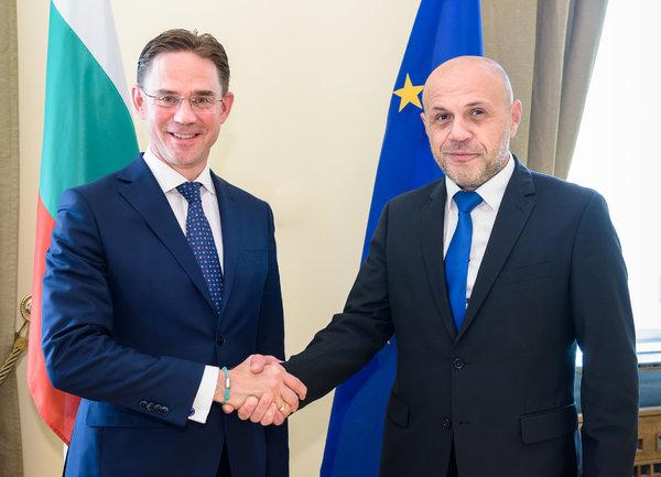 Вицепремиерът Томислав Дончев се срещна със заместник-председателя на Европейската комисия Юрки Катайнен