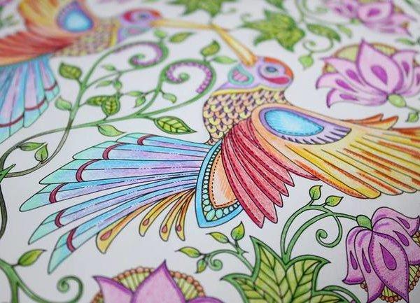 Нов метод за успокоение с книжки за оцветяване
