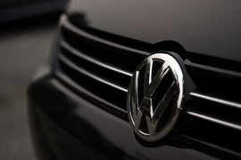 Лидер в света по инвестиции в разработки е Volkswagen