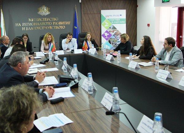Нов граничен пункт и подкрепа за малкия и среден бизнес са приоритетни мерки за бъдещата програма за сътрудничество между България и Северна Македония