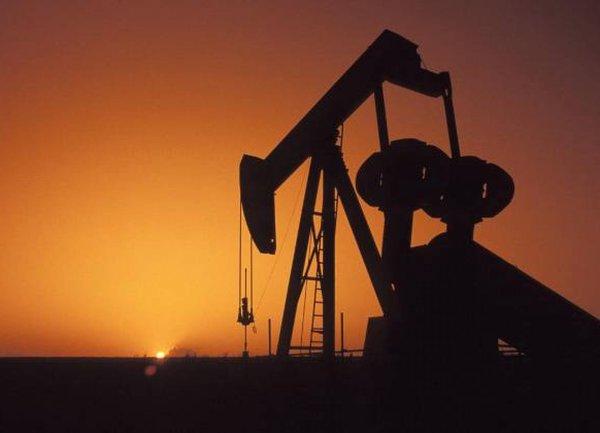 ОПЕК+ повишава прогнозата за растеж на търсенето на петрол през 2022г.