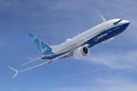 Boeing възобновява производството на самолети 737 Max
