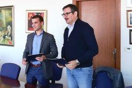 Изпълнителният директор на ИАНМСП, д-р Бойко Таков подписа споразумение за сътрудничество с Висшето училище по застраховане и финанси