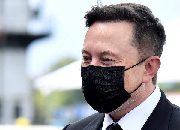 """Илон Мъск официално стана """"Технокинг на Tesla"""""""
