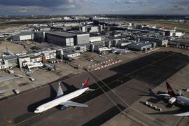 Какво се случва с печалбите на авиокомпаниите?