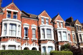 Спад на цените на жилища в Лондон