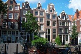 Налице е ръст от 25% на нощувките в Амстердам