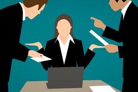 Две стратегии, за да се справите с микромениджмънта в работата си