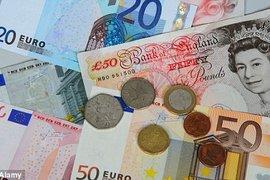 Позициите на еврото и паундът отслабват