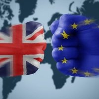 Великобритания не счита за много вероятно Европейският съюз да отнеме бизнеса от Лондон след Brexit