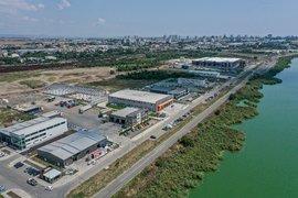 Две компании с инвестиции в Бургас