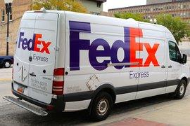 Акциите на FedEx се понижиха с почти 7%