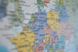 Лидерите на ЕС постигнаха споразумение за 750 милиарда евро за подпомагане на държавите