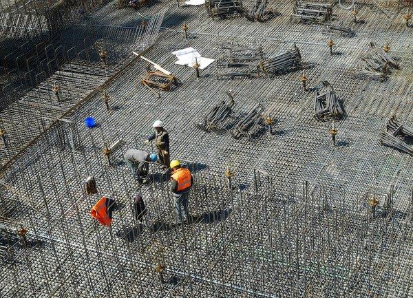 Отпадането на забраната за полагане на извънреден труд е от полза за бизнеса