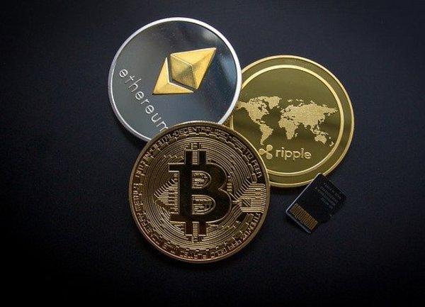 Пазарът на криптовалути мина границата от 1 трилион долара за първи път в историята