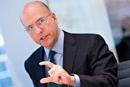 Дисфункционалната финансова система е предпоставка за опасна среда за инвеститорите, предупреждава Дейвид Тис от дълго време