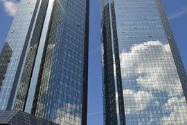 """""""Дойче банк"""" съкращава 18000 служители, спестявайки 8.3 млрд. долара"""