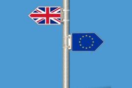 Премиерът Джонсън се сблъсква с все по-големи предизвикателства за Брекзит