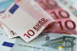 Еврото се съвзема след вчерашния спад