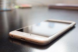 Услугата Apple Pay е достъпна за клиентите на УниКредит Булбанк
