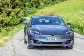 Tesla изпревари Volkswagen, след като достигна стойност от 100 млрд. долара