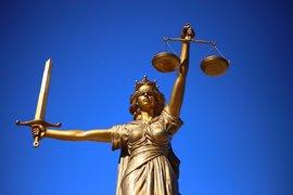 Съдът на ЕС отменя споразумението за споделяне на данни със САЩ по делото за поверителност на Facebook