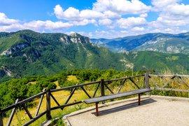 Къде да пътуваме в България през септември?