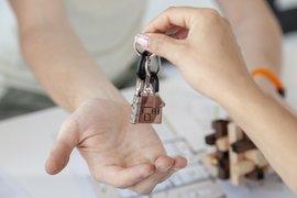 1/3 от наемателите не са платили квартирата си в срок, наемодатели правят отстъпки в наема