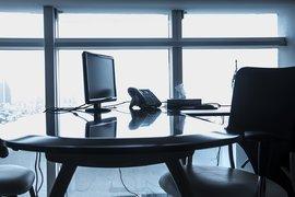 Ще доведе ли до по-голяма безработице увеличението на МРЗ?