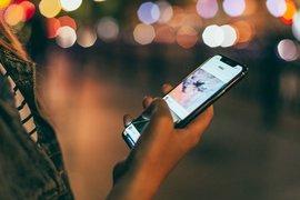 Британските телекомуникационни компании могат да бъдат глобени ако използват съоръжения на Huawei