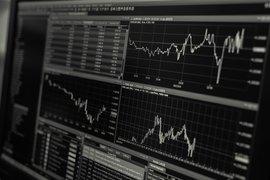 Фючърсите на Dow се увеличиха, въпреки скока в случаите на заболели от коронавирус