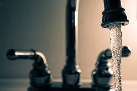 МЗХГ предлага законодателни изменения, които ще стимулират производителите да използват собствени водоизточници за напояване