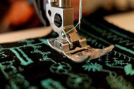 """Бизнесът иска да бъде запазена паралелката по """"Производство на на облекло от текстил"""" в Монтана"""