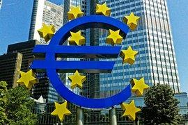 Необслужваните кредити в ЕС продължават да намаляват