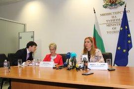 """Български хотелиери могат да загубят милиони, заради фалита на """"Томас Кук"""""""