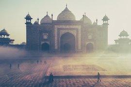 Индия се стреми да стимулира икономическия си растеж